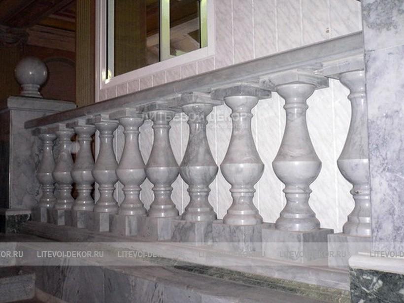 Комплектующие для лестниц Ступени, балясины, щиты купить